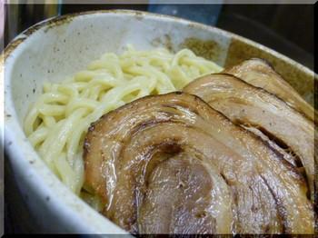 めん屋元助(平塚)-チャーシューつけ麺2.JPG