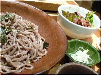 大戸屋(藤沢)-特製ラー油辛味そば2.JPG