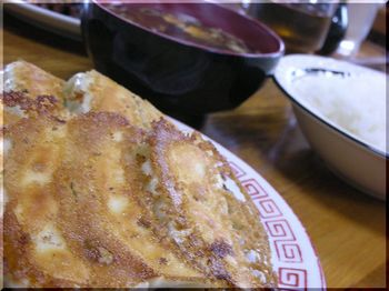 廣苑(平塚)-餃子小定食3.JPG